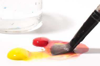 thin-acrylic-paint-with-water